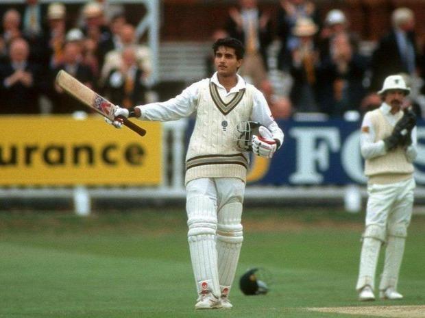 টেস্ট ক্রিকেটে প্রথম সেঞ্চুরি পর সৌরভের উদযাপন; Image Courtesy: timesofindia.indiatimes.com